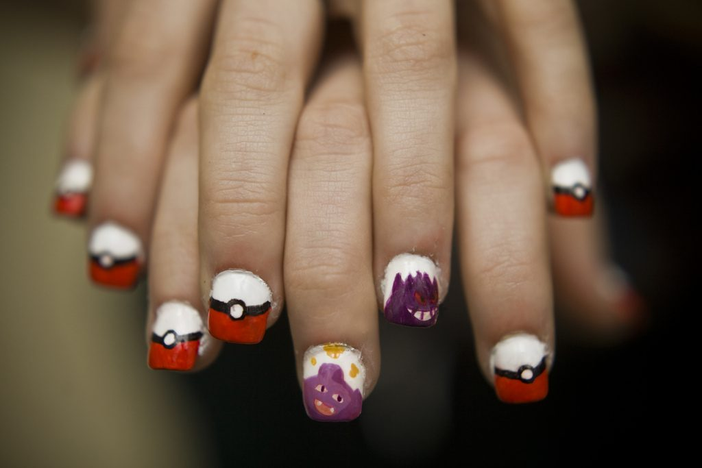 pokemon-go-nail-art-manicure (4)